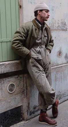 Stylish Mens Fashion Outfits Sales and Ideas Military Inspired Fashion, Military Fashion, Poses, Look Man, Stylish Mens Fashion, La Mode Masculine, Hommes Sexy, Men Street, Mens Clothing Styles