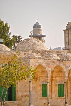 Structures in the al Aqsa Mosque's compound Jerusalem www.adammreeder.com