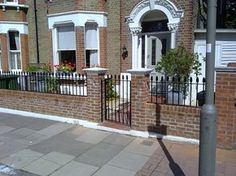 Garden Wall with railings for small victorian house. - Bricklaying job in West Norwood, South London - MyBuilder Victorian Front Garden, Victorian Front Doors, Victorian Terrace, Victorian Homes, Front Garden Entrance, Front Garden Path, Front Gates, Up House, House Front