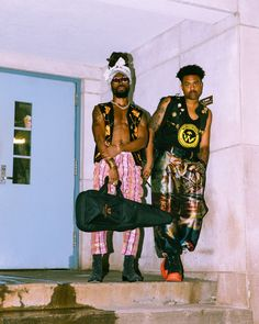 Earthgang's Transcendental Rap Is Proof of Their Endless Potential Rap Wallpaper, Wallpaper Iphone Cute, Celebrity Pictures, Celebrity Guys, Chill, Denzel Curry, Primal Scream, Bad Boy Aesthetic, Trinidad James