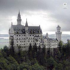 present  I G  C O U N T R Y  A W A R D  W I N N E R  P H O T O |  @frodril  L O C A T I O N |  Neuschwastein Castle-Schwangau-Germany  __________________________________  F R O M |  @ig_europa  A D M I N | @emil_io @maraefrida @giuliano_abate S E L E C T E D | our team F E A U T U R E D  T A G | #ig_europa #europa  M A I L | igworldclub@gmail.com S O C I A L | Facebook  Twitter M E M B E R S | @igworldclub_officialaccount  F O L L O W S  U S | @igworldclub @ig_europa  TAG #igca_146…