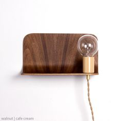 Plywood side shelf lamp - onefortythree