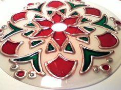 Paula Coelho Decoraçoes: Mandalas em CD feitas com verniz vitral