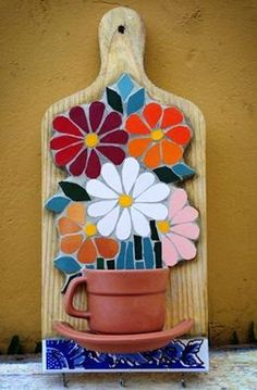 Resultado de imagem para Mosaic dog by Solange Piffer Mosaic Garden Art, Mosaic Tile Art, Mosaic Artwork, Mosaic Glass, Mosaic Art Projects, Mosaic Crafts, Stained Glass Patterns, Mosaic Patterns, Patchwork Patterns