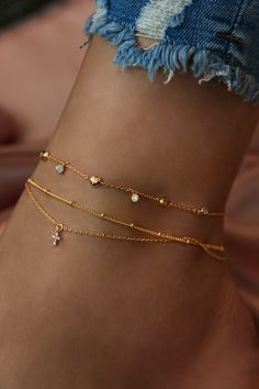 Rue Gembon Venus Gold Anklet Rue Gembon Venus Gold Anklet The post Rue Gembon Venus Gold Anklet appeared first on Mary& Secret World. Ankle Jewelry, Dainty Jewelry, Ankle Bracelets, Cute Jewelry, Gold Jewelry, Women Jewelry, Fashion Jewelry, Gold Bracelets, Jewlery