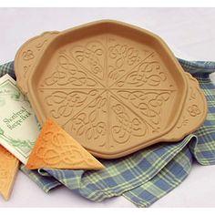 Celtic Knotwork Shortbread Pan | Ceramic Bakeware - Kitchen Krafts