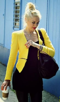152efc2763 Everything s black except the yellow neon coat- Gwen Stefani Gwen Stefani  Hair