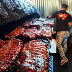 Damn that makes me all kinds of hungry. #beef #ribs #bbq