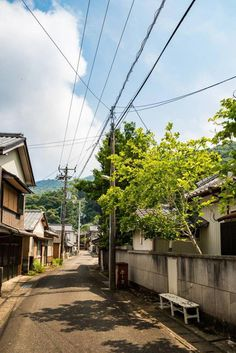 """""""I'll never be content to stay forever in one place. I'm too madly in love with all the places I haven't been the people I haven't met the food I haven't tried and the streets I haven't danced on. Urban Photography, Street Photography, Landscape Photography, Aesthetic Japan, City Aesthetic, World Street, Japan Street, Natsume Yuujinchou, Anime Scenery"""