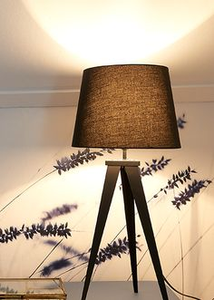 Tafellamp Triolight - subtiel maar opvallend, geschikt voor iedere woonstijl! - Goossens wonen & slapen