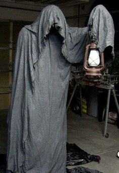 Creative Outdoor Halloween Ideas
