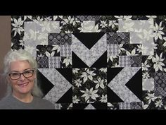 Sew Very Easy: Black & Grey Christmas Quilt - TheQuiltShow.com
