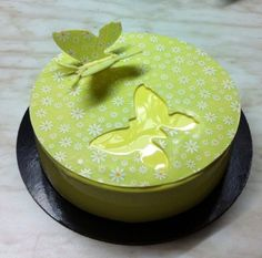 Order via whatsapp @ 0561626778 Call us @ 025505008 Order your favourite cakes, sweets and many more via Talabat and Carriage apps . Cake Decorating With Fondant, Cake Decorating Techniques, Fondant Cakes, Cupcake Cakes, Cupcakes, Chocolate Cake Toppers, Decoration Patisserie, Single Layer Cakes, Spring Cake