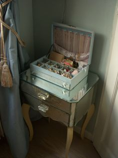 Vintage Jewelry Box at French Kissed