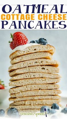 With 3 ingredients these Oatmeal Cottage Cheese Pancakes are filling and healthy. They're the perfect breakfast to start your day as they're loaded with protein to keep you full until lunch. Easy to make too! Have you ever wanted to dive into a big stack of pancakes but wanted to avoid consuming nothing but carbs? Luckily, with these healthy oatmeal pancakes, you no longer have to make that choice! | @thedeliciousspoon #proteinpancakes #healthypancakes #cottagecheesepancakes #healthycomfortfood Perfect Breakfast, Quick Healthy Breakfast, Breakfast For Dinner, Good Healthy Recipes, Breakfast Ideas, Protein Pancakes, Oatmeal Pancakes, Cottage Cheese Pancakes, Healthy Comfort Food