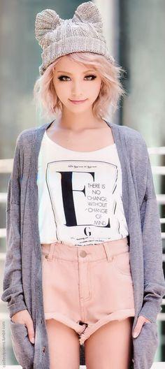 oh my gosh her beanie is so cute