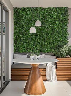 Small Balcony Design, Small Balcony Decor, Casa Patio, Small Backyard Patio, Jardin Vertical Artificial, Accent Wall Designs, Vertical Garden Wall, House Plants Decor, Home Design Plans