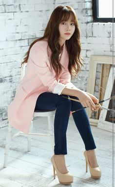 Nice 17 Pretty Korean Fashion Style Ideas That Women Should Try As if it is endless when talking about fashion especially for women. Cute clothes, of course, will make you look more beautiful. For you fans of Korea. Korean Beauty, Asian Beauty, Asian Woman, Asian Girl, Kim So Hyun Fashion, Hyun Kim, Kim Sohyun, Korean Celebrities, Celebs