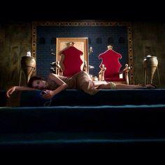 Waiting on set at the foot of the thrones... #actorslife L'attente sur le plateau... Au pied du trône. #laviedacteur Thanks : Photo By@luca_ciuti#me #melissa #mars #melissamars #erbil #irbil #kurdistan #kurdstan #iraq #tournage #set #movie #horror #history #film #curseofmesopotamia #mesopotamia #bts #behindthescenes #backstage #coulisses #plateau #ilovemylife #lifeisbeautiful #queen #throne #gameofthrones :)