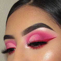 Amazing Red Eyeshadow Makeup Ideas For Your Inspiration In Holiday Sesaon; Makeup Looks; Holiday Makeup Looks; Natural Looks; Red Eyeshadow Makeup Looks; Red Eyeshadow Makeup, Pink Eyeshadow Palette, Pink Makeup, Cute Makeup, Pretty Makeup, Eyeshadow Tips, Eyebrow Makeup, Creative Eye Makeup, Colorful Eye Makeup