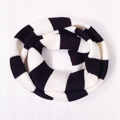 Adult Black and cream infinity scarf