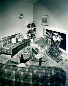 Noguchi Table by Isamu Noguchi, 1948.