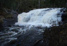 Koivuköngäs waterfall by Aki Ollila