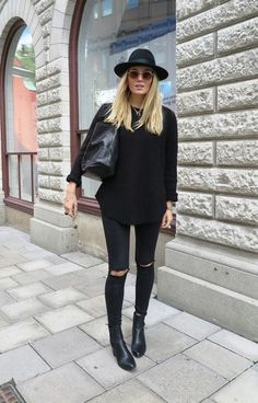 30 Looks En Total Black Ideales Para El Otoño E Invierno – Cut & Paste – Blog de Moda
