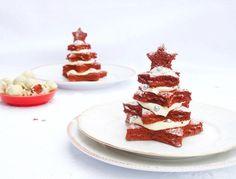 Op zoek naar een lekker dessert om het kerstdiner mee af te sluiten? Deze kerstboompjes zijn het ultieme kersttoetje!
