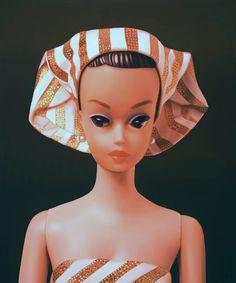 judy ragagli  Exactly like my first Barbie, a Fashion Queen!