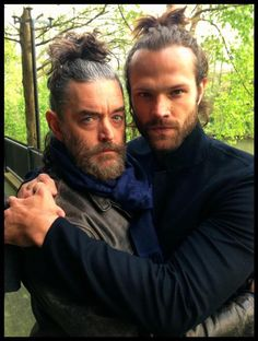 Ive never seen Jared's hair up and i must say im pleased! Looks fun Jared