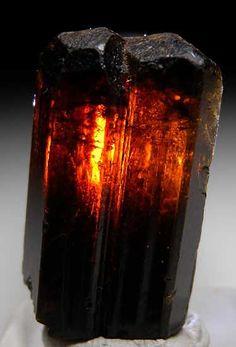 Dravite from Namalulu, Tanzania [db_pics/pics/tz169c.jpg]