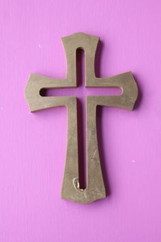 Las cruces de madera (crosses)                              …