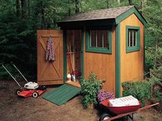 The straightforward design is easy to expand—up to about 8 x 12 ft.—to suit your storage needs. Super Shed plans and tutorial included.
