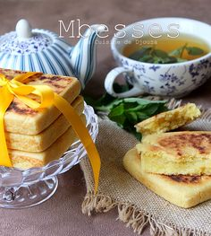 mbesses algerien Algerian Recipes, Ramadan Recipes, Beignets, Camembert Cheese, Biscuits, French Toast, Pudding, Food And Drink, Sweets