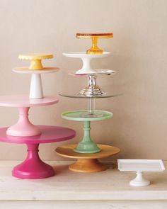 Complementing Cake Stands - allows a nice finger food presentation