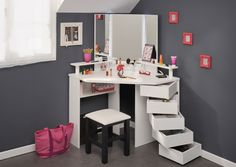 Parisot Corner Beauty Bar, is perfect for all you beauty enthusiasts. Offering bundles of storage for all your beauty products, this corner dressing table is the perfect addition to any bedroom. With an eye catching design, featuring five swivel out drawers, that provide clutter free storage. The shelving, is perfect for displaying your treasured belongings. The glamours triple mirror fitted with LED lighting, is a superb finishing touch to this unique beauty bar.