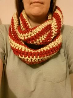 How to #Crochet Quick and Easy Striped Infinity Scarf #TUTORIAL diy scar...