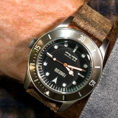 Seawolf è l'orologio di chi ama l'avventura, di chi cerca ogni giorno nuove strade da percorrere, nuove montagne da scalare, nuovi mari da esplorare ma con al polso un orologio dal design unico, forte, deciso. Come chi lo indossa