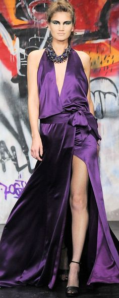 I could so rock this: although my boobs may fall out more in the front lhh Purple Hues, Shades Of Purple, Green And Purple, Purple Palette, Pink Purple, Purple Fashion, Love Fashion, Runway Fashion, Fashion Design