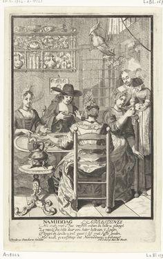 Pieter van den Berge | Namiddag / L Apresdinee, Pieter van den Berge, 1702 - 1726 | In een Hollands vertrek zit een gezelschap van drie dames en een heer rond een tafel aan de thee. Rechts in de deuropening een kindermeid met een klein kind op de arm. Aan het plafond hangt een papegaai op een stok. Tegen de achterwand een vitrine met pronkservies. Met een onderschrift van vier regels in het Nederlands. Derde prent uit de serie: de vier tijden van de dag.