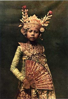 "Balinese dancer ... ""a nine-year old dancer in her gilded crown"" by Franklin Price Knott"