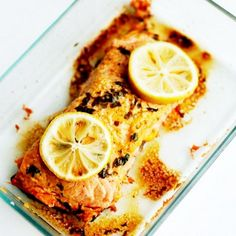 How to Microwave Salmon Recipe Main Dishes with salmon fillets, pepper, salt, mayonaise, Sriracha, lemon slices, parsley