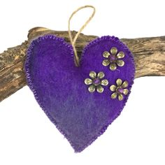 Padded hand felted, heart in purple shades  (1) £4.00 #Folksy365