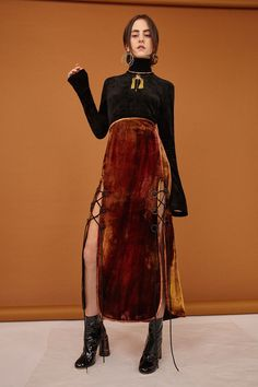 See the complete Ellery Pre-Fall 2017 collection. The complete Ellery Pre-Fall 2017 fashion show now on Vogue Runway. Fashion 2017, Look Fashion, Runway Fashion, High Fashion, Fashion Show, Autumn Fashion, Fashion Outfits, Womens Fashion, Fashion Trends