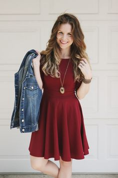 Pinning this again at a different angle. I love the silhouette of this dress, the color, and the long necklace with a simple statement piece.