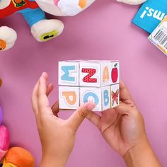 DIY for photos you can make with paper at home - paper crafts - creative - - Rock Crafts, Craft Stick Crafts, Preschool Crafts, Craft Gifts, Fun Crafts, Diy And Crafts, Creative Crafts, Presents For Mom, Diy Christmas Presents