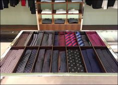 """Neckties in trays may not surprise you. But Neckties two-up in a buddy-like system might just create a new merchandising opportunity. Why not """"buddy"""" complementary colors or patterns that would ent. Retail Merchandising, Wood Tray, Neckties, Trays, Opportunity, Patterns, Create, Colors, Table"""