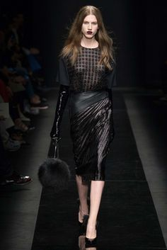 Emanuel Ungaro Fall 2015 Ready-to-Wear Fashion Show: Complete Collection - Style.com