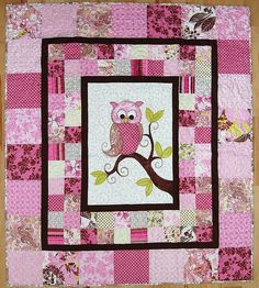 iQuilt long arm quilting service and quilting patterns for finishing and making quilts. Original Raw Edge Appliqué quilting patterns and quilts sold onsite. Quilt Baby, Owl Baby Quilts, Cute Quilts, Girls Quilts, Longarm Quilting, Quilting Projects, Quilting Designs, Quilting Ideas, Beginner Quilt Patterns